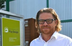M. Serge Parenteau, président-directeur général de Vêtements Flip Design, Drummondville
