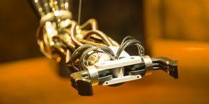 premier-robot-en-usine-quelques-questions-article-cqi