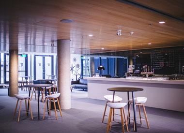 Lounge-Carre-150-Victoriaville